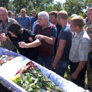 У селі Видерта звершили Чин відспівування вбитого на Сході України Воїна Сергія
