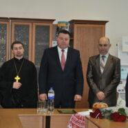 З благословення священика розпочалися святкові збори Камінь-Каширської організації УТОС